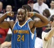 Warriors Land Carl Landry
