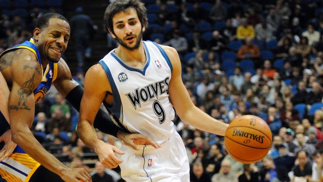 Ricky-Rubio-Golden-State-Warriors_ARAIMA20131107_0108_7
